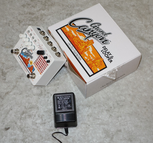 Electro-Harmonix EHX Grand Canyon delay and looper pedal w/ box and power supply