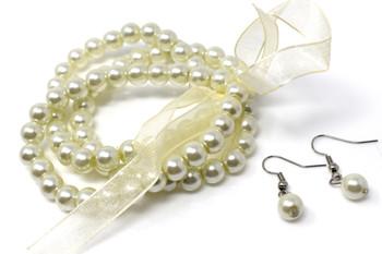 Ivory Pearls Bracelet and Earrings Set