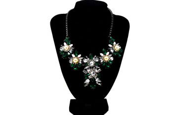 Green Crystal Chunky Flowers and Pearls Bib, Necklace