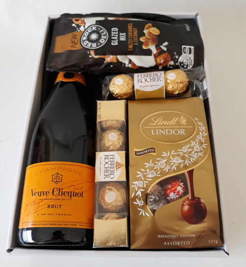 Veuve Champagne, Chocolate & Nuts Hamper