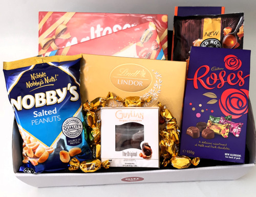 Chocolate & Nuts Deluxe Hamper