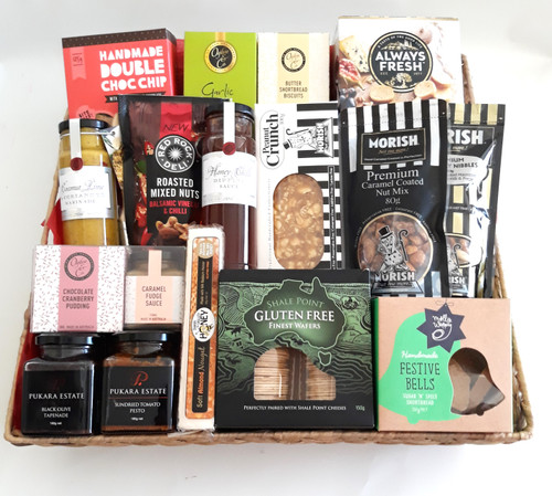 Deluxe Gourmet Gift Basket that contains items from Pukara Estate Margaret River , Morish Nuts, Molly Woppy and gourmet from Ogilvie & Co