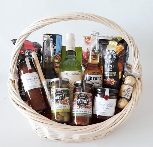 Margaret River Driftwood Gourmet & Beer Basket