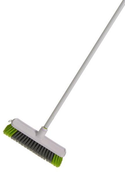 Broom Medium Duty W/Handle Sabco