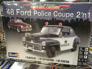 Revell 1/25 Revell 1948 Ford Police Coupe 2n1 Kit