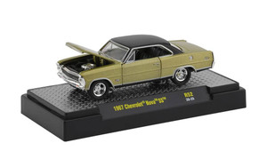 M2 Machines 1/64 M2 Machines Detroit Muscle 52 1967 Chevrolet Nova SS in Gold Metallic with Semi-Gloss Black Top with Vinyl Texture