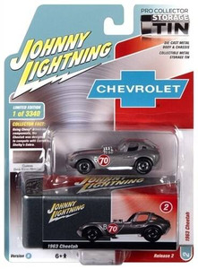 Johhny Lightning 1/64 Johhny Lightning 1963 Cheetah Dark Silver with Collector Tin