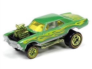 Johhny Lightning 1/64 Johhny Lightning 1965 Buick Riviera Zinger Metallic Lime Green w/ Green and Yellow Flames