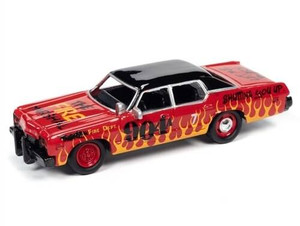 Johhny Lightning 1/64 Johhny Lightning 1974 Dodge Monaco Demolition Derby Gloss Red w/ Black Roof