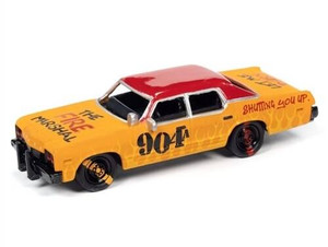 Johhny Lightning 1/64 Johhny Lightning 1974 Dodge Monaco Demolition Derby Flat Orange w/ Red Roof