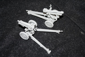 Commander Models 1/35 Scale US 105mm Howitzer on M3 Carriage