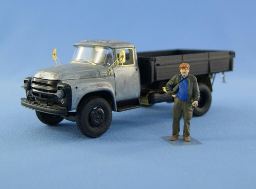 North Star Models 1/43 North Star Models Resin figue of mechanic driver type 4