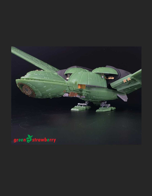 Green Strawberry 1/350 Scale Fruit Pack - Klingon Bird Of Prey - B´Rel Class