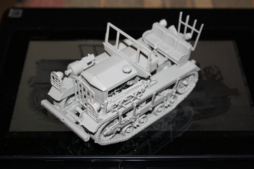 """Commander Models 1/35 Scale M2 High Speed Tractor """"""""CLETRAC"""""""""""