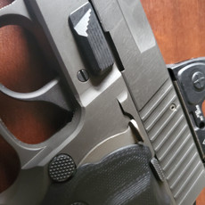 SIZE OPTIMIZED CONTROL SET FOR THE SIG 226-229 SERIES