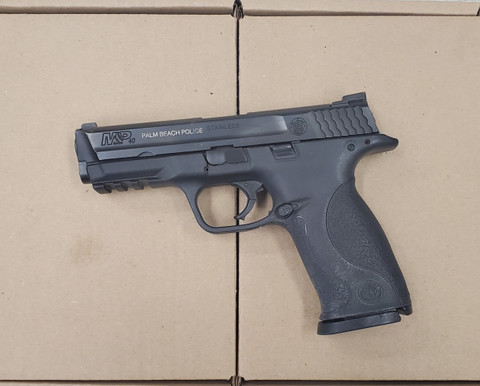 PRE-OWNED POLICE - SMITH & WESSON M&P 40