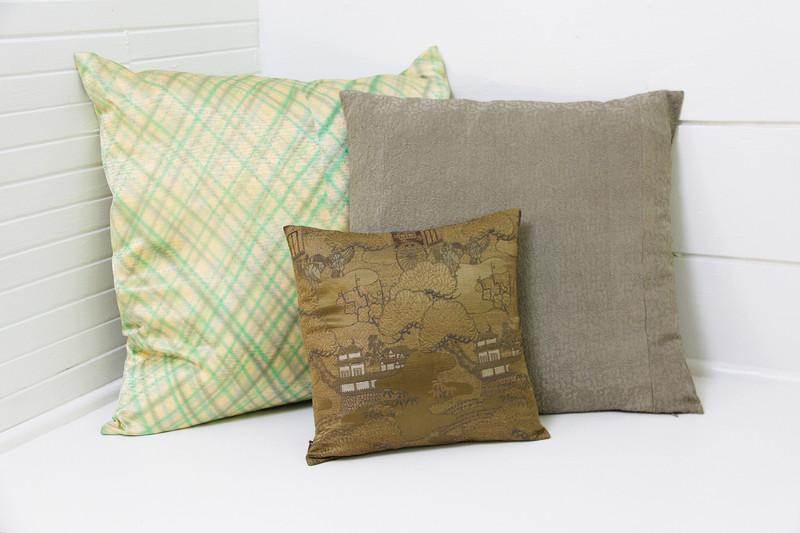"""Diamond Plaid Pillow 22"""""""