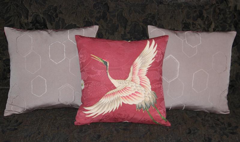 Japanese Crane Pillow-B