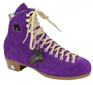 moxi-lolly-taffy-boot.png