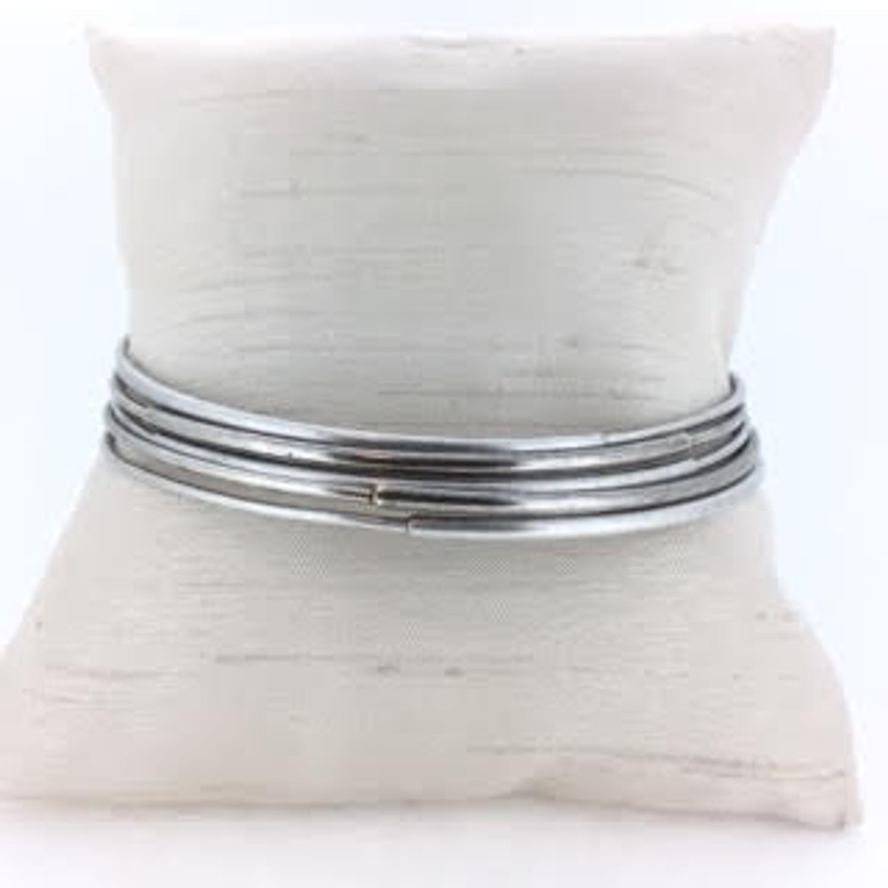 Antique Silver Five Bangle Bracelet Set
