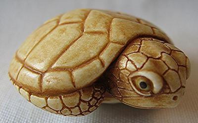 Turtle Palm Charm, Ivory