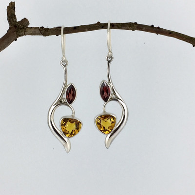 6f6f93bc7 Sterling Silver Rectangular Drop Garnet Earring - Mima's Of Warwick, LLC
