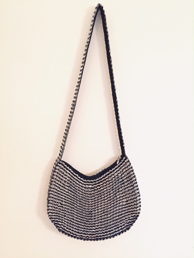 Soda Tab Large Hobo, Long Handle, Black