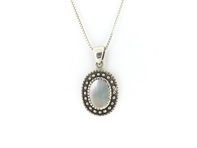 Sterling Silver/Mother of Pearl Oval Bead Pendant w/Chain