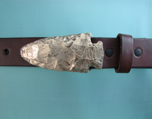 Spearhead Buckle  for 1.25 belts  in Bronze with natural patina