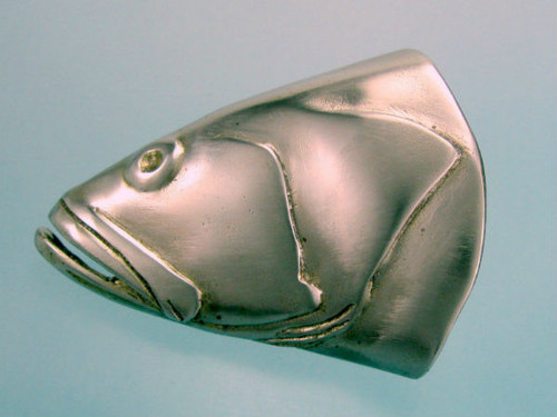 Grouper buckle in white bronze with satin finish Fits 1 1/4 and 1 1/2 belts