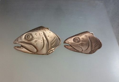 comparison of the 1.25 and the 1.5 bronze Trout Buckles