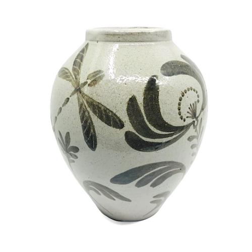 Vase With Iron Black Brush Painting / Matthew Jones
