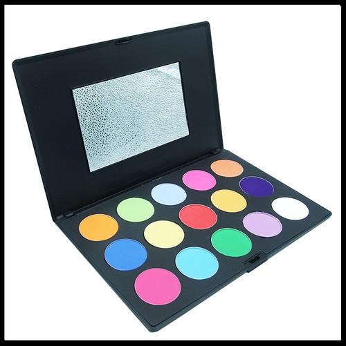 Brights Eyeshadow Palette x15.