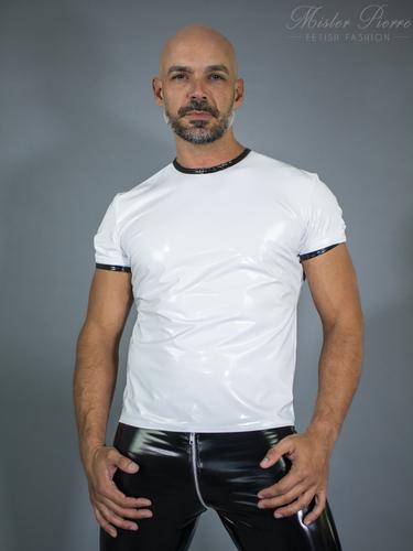 Trimmed Edge T-Shirt