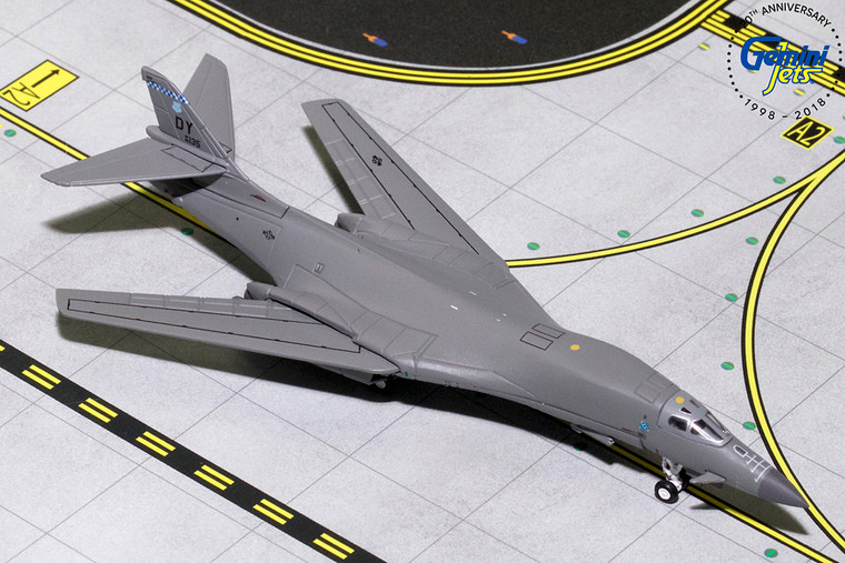U.S.A.F. BOEING B-1B  (Dyess AFB, Swing wing) 86-0135 GMUSA084 1:400