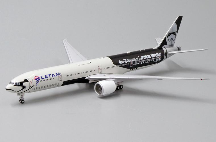 JC Wings LATAM B777-300ER (SPECIAL) PT-MUA EW477W007 1:400