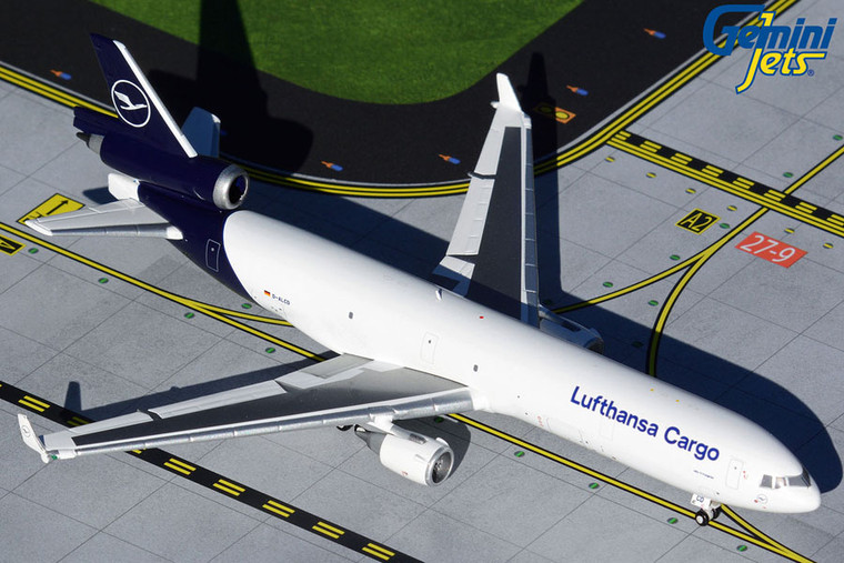 Gemini Jets Lufthansa Cargo MD-11F new livery D-ALCD GJDLH1940 1:400