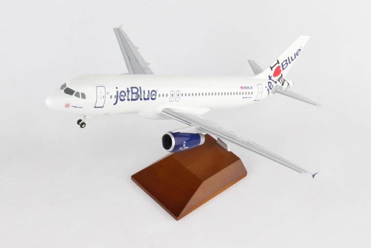 SKYMARKS JETBLUE A320 1/100 NY'S HOMETOWN W/WOOD STAND&GEAR SKR8371 1:100
