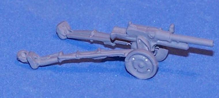 PIG080228 - ITALIAN AT GUNS (2)