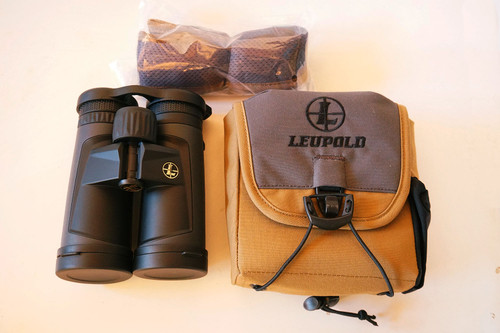 Leupold 10x42 Alpine specs and included accessories binocular