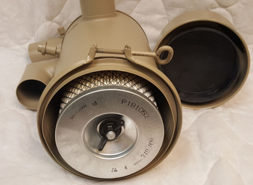 Onan 140-1440 Donaldson FWG06-5128 Air Cleaner Filter Assy.