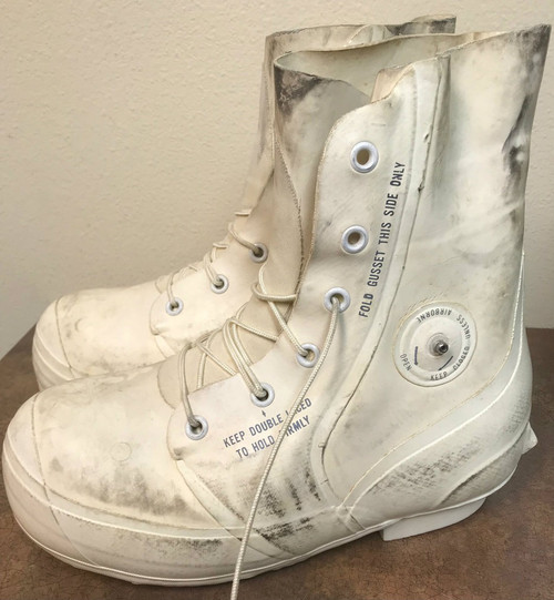 USED White Mickey Mouse or Bunny Boot With Valve