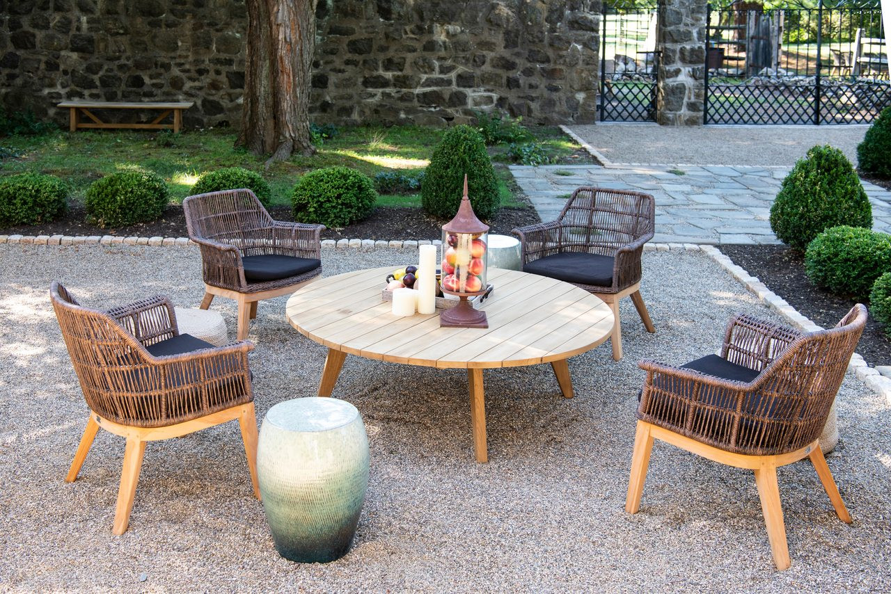 Tremendous Essential Chat Table With 4 Sierra Club Chairs Download Free Architecture Designs Intelgarnamadebymaigaardcom