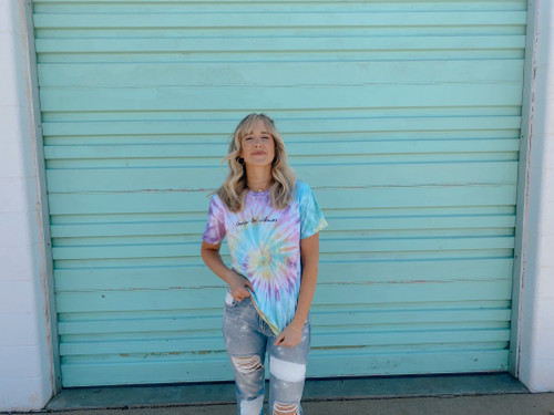*SOLD OUT* WILDFLOWERS TEE