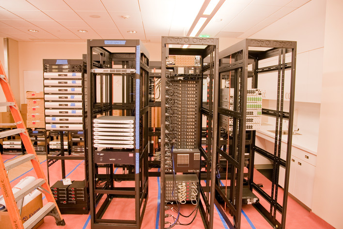 Server Rack Cabinets 4387889424-0a9710d48b-o