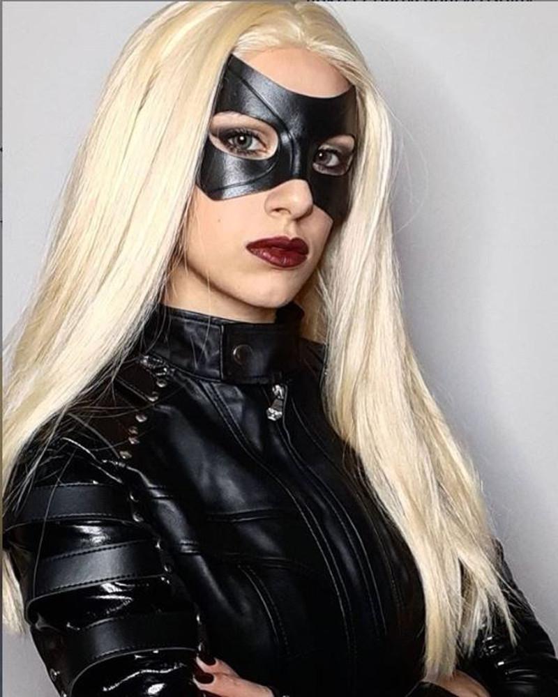 Model: Ladycanary_cosplay