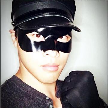Model: Chris Yong