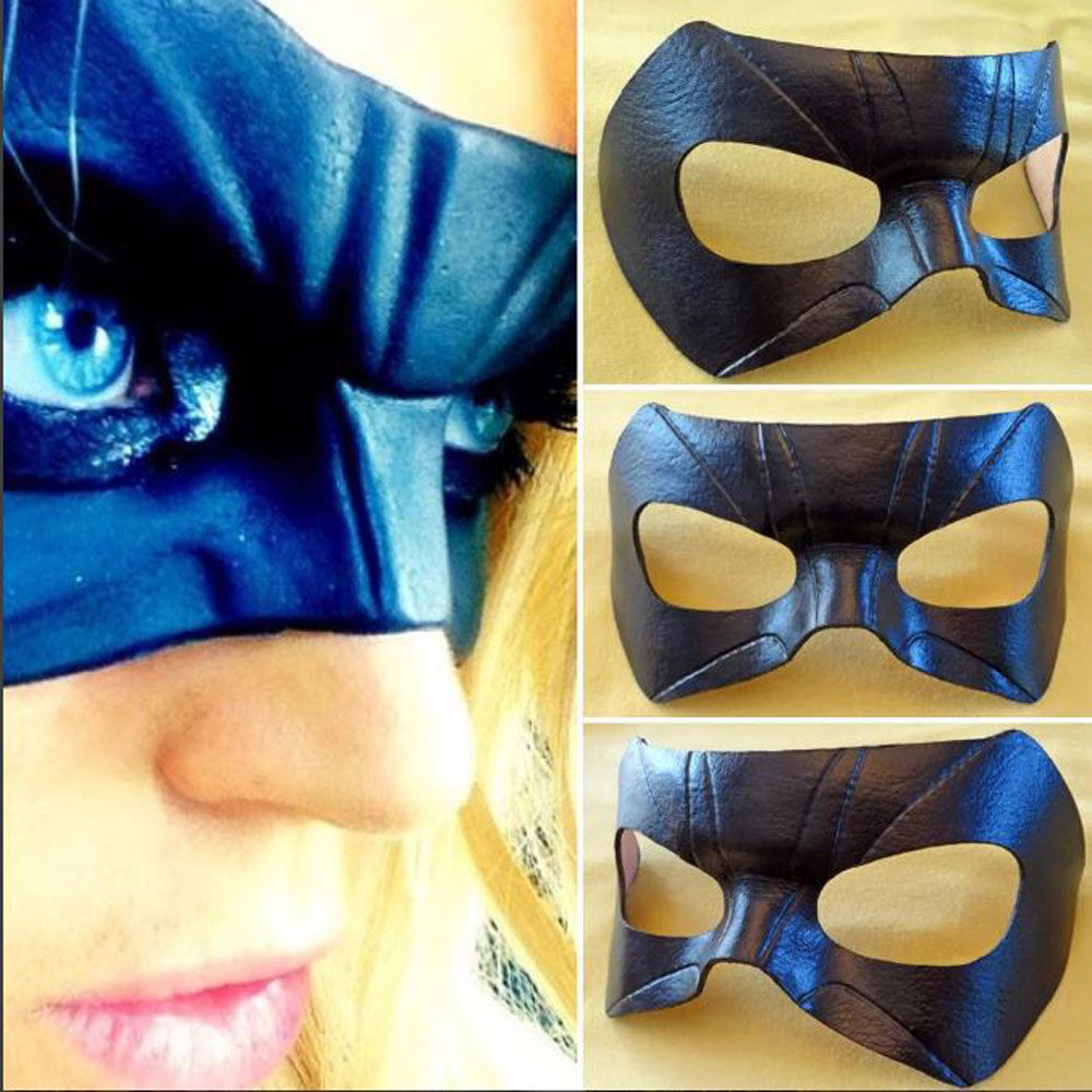 black-canary-sara-mask-web.jpg