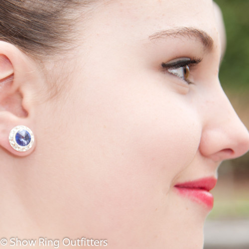 Model is wearing Tanzanite