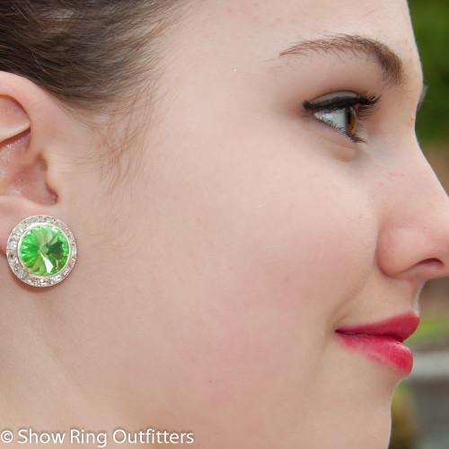 Model is wearing Peridot Green